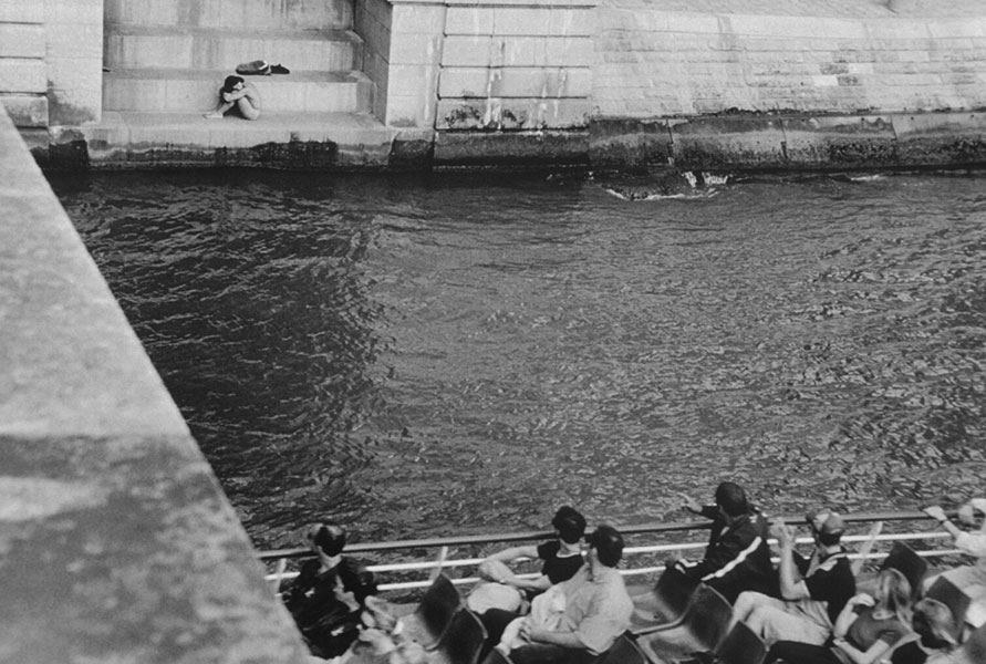 Naked Guy on the Seine - Jane Krensky Photography